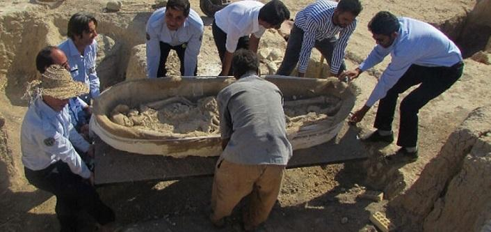کاووش لودرها به جا باستان شناسان در جوبجی رامهرمز